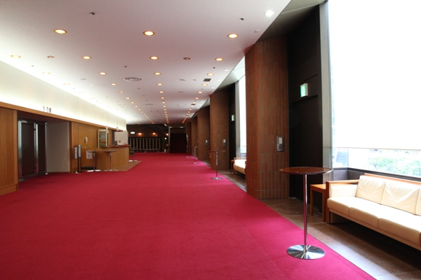 main hall foyer 01