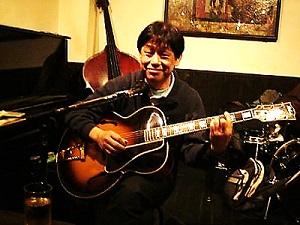 阿部寛(ギター)