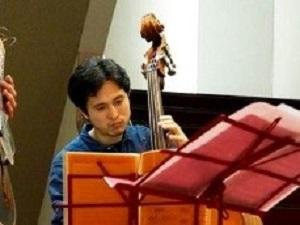新井健太郎(ベース)