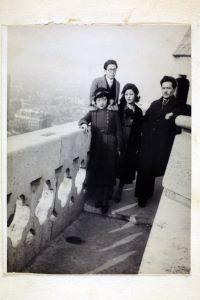 パリ凱旋門にて(1932年3月4日)
